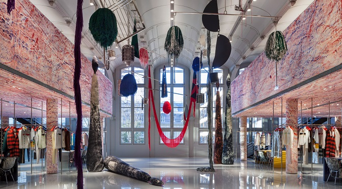 7 Fashion Stores With Enchanting Interior